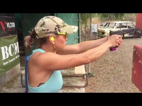 Tori Nonaka training with TTI Glock