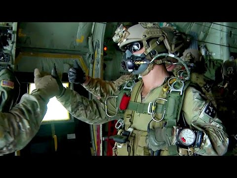 U.S. Army Special Forces Green Berets – High Altitude Jump